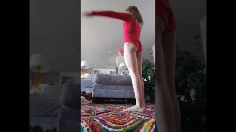 Longest hand stand ever - 9yo