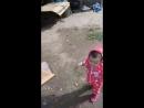 доча танцует