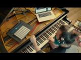 Когда родители отдали на пианино, а ты хотел быть гитаристом (VHS Video)