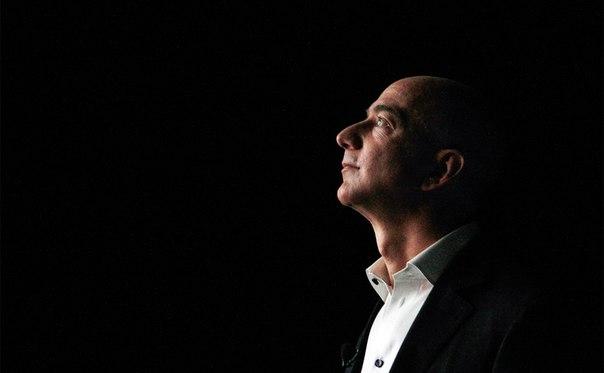 Основатель Amazon Джефф Безос стал богатейшим бизнесменом мира по верс