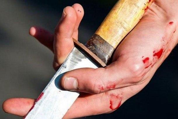В Таганроге мужчина несколько раз ударил 35-летнего таганрожца ножом