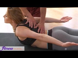 Fitnessrooms dirty yoga teacher on gorgeous fitness model [hd, star, pov , big tits, big ass, new porn 2017]