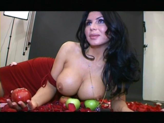 Секс с Анфисой Чеховой, 4 сезон, 6 серия. Красота - это страшная