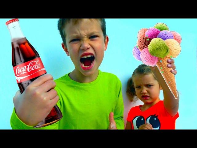 ШОПИНГ ЧЕЛЛЕНДЖ Мистер Макс Угадай ЧТО и Купи МАЛЬЧИКИ против ДЕВОЧЕК Coca Cola and MM's CHALLENGE