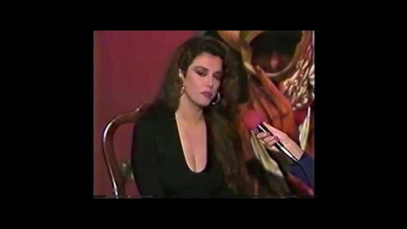 Lucia Mendez… su Estrella en la Calle 8 de Miami y nuevo vestido a su Estatua de Cera