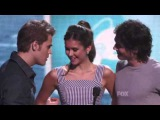 Paul Wesley and Ian Somerhalder seduce Nina Dobrev at the 2011 Teen Choice Awards