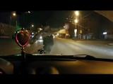 Танцы на светофоре ночью в Казани