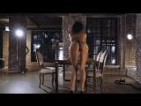 Loft Girl (YAR) высокая стройная модель и ее сексуальный танец эротика порно кли