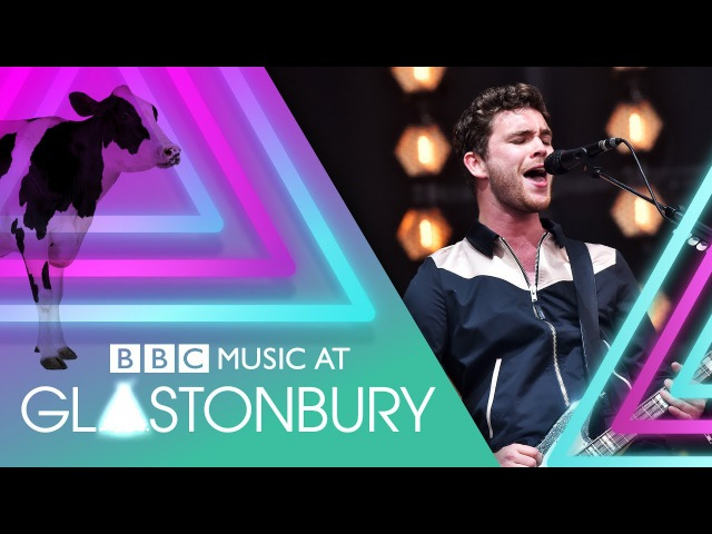 Royal Blood - Out Of The Black (Glastonbury 2017)