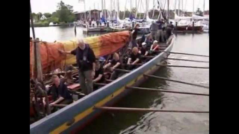 Корабль викингов снова в море