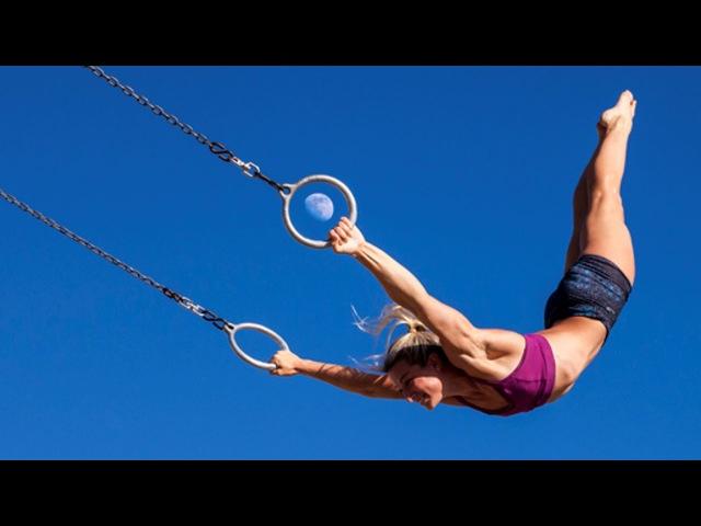 Crazy spider - woman. Best Of American Ninja Warrior - Jessie Graff
