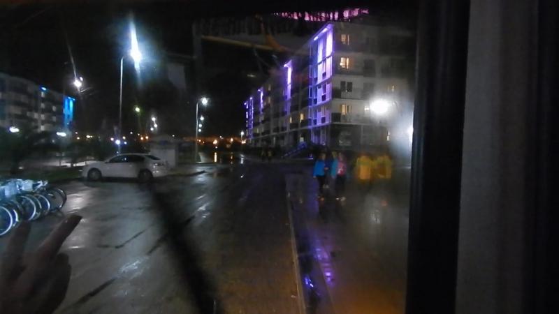 После насыщенного дня веселая интернациональная компания направлялась на автобусе в общежитие ВФМС2017