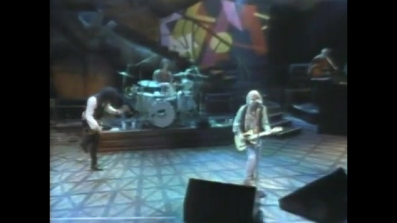 Tom Petty The Heartbreakers-Take the Highway-Live