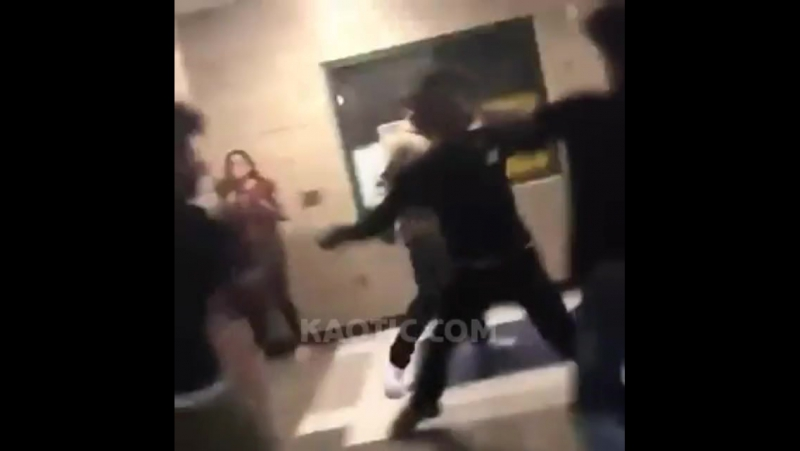 A boy fights two young