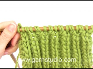 DROPS Knitting Tutorial: How to fix dropped English rib
