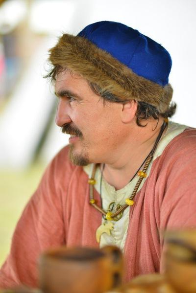 Алексей Максуров