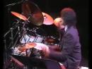 Vinnie Colaiuta - Buddy Rich Memorial - Ya Gotta Try (solo)