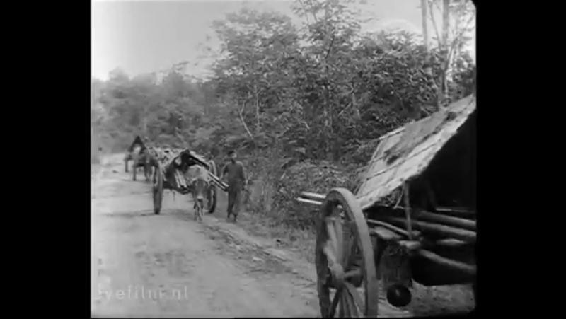 'Palembang. Naar de middenloop van de Lematang, zijrivier van de Moesi' [Willy Mullens, 1930]