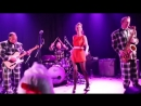 The Big Six- Big Six Crystal and Runnin wild - She walks right in (Clarence Brown cover)