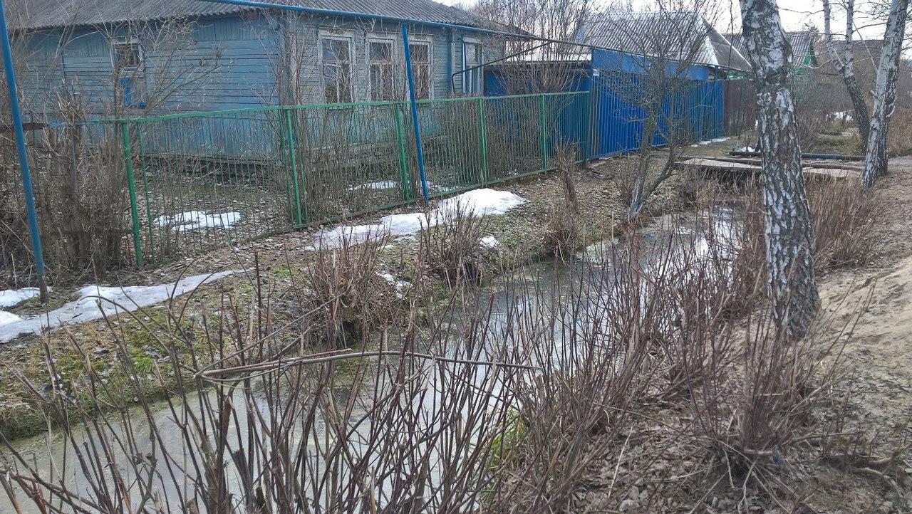 Курян обвиняют в подтоплении собственных дворов