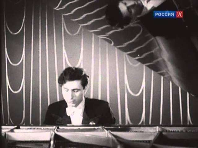 Emil Gilels and Yakov Flier play Albeniz Navarra for 2 pianos - video