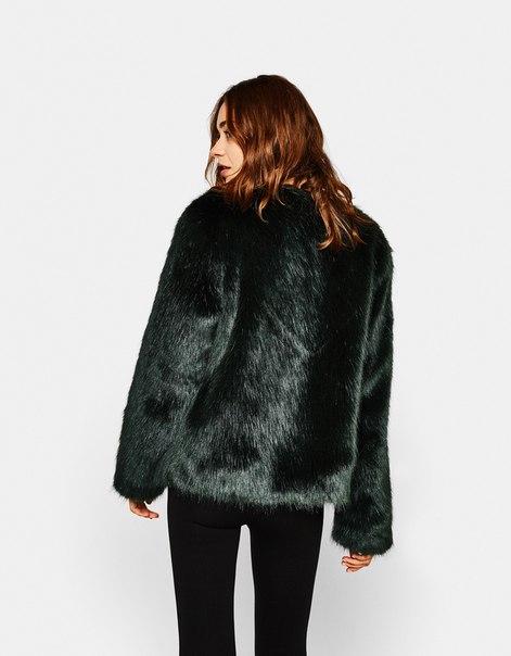 Короткое меховое пальто