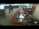 Сотрудники полиции Северо-Западного округа столицы задержали подозреваемых в разбойном нападении