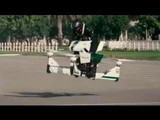 Ховербайк на страже порядка в Дубае