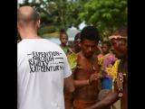 Танец с барабанами синг синг, в деревне Бонгу, Папуа-Новая Гвинея,?