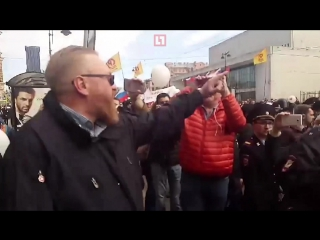 Милонов пытался сорвать шествие ЛГБТ-активистов в Петербурге