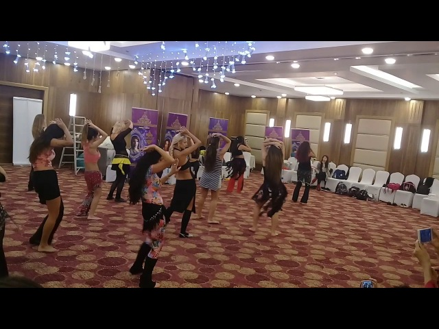 Rumba Masri clase de Saida en Egipto