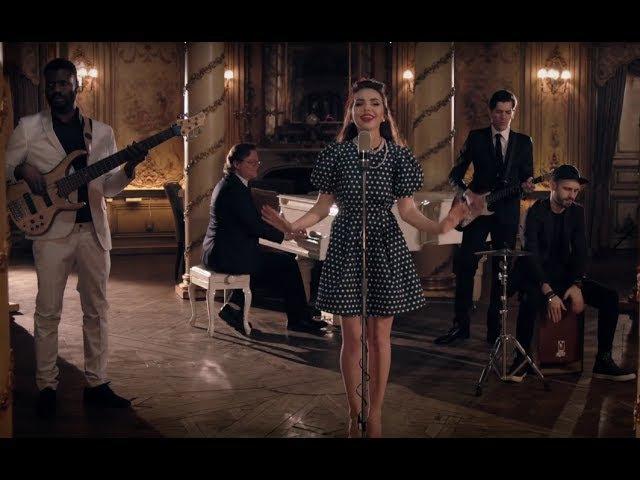 All about that bass - Meghan Trainor   Anastasia Glavatskikh (cover)
