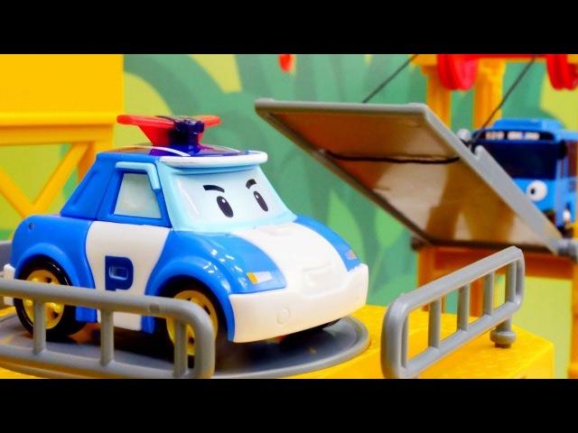 Vidéo de déballage de véhicules. Robocar Poli et le bus Tayo