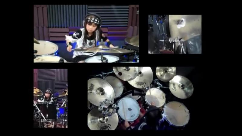 8 летний вундеркинд отжигает за ударной установкой Avenged Sevenfold Nightmare Drum Cover by 8yr old Alexey Poblete