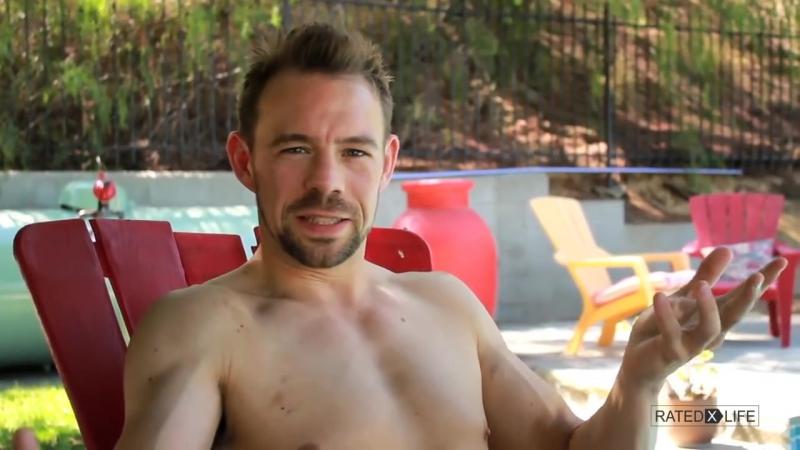 М-16 — спрей для могучей эрекции, популярный в порноиндустрии » Freewka.com - Смотреть онлайн в хорощем качестве