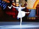 Большой балет. Екатерина Булгутова. Русский танец из балета Лебединое озеро / Ю ...