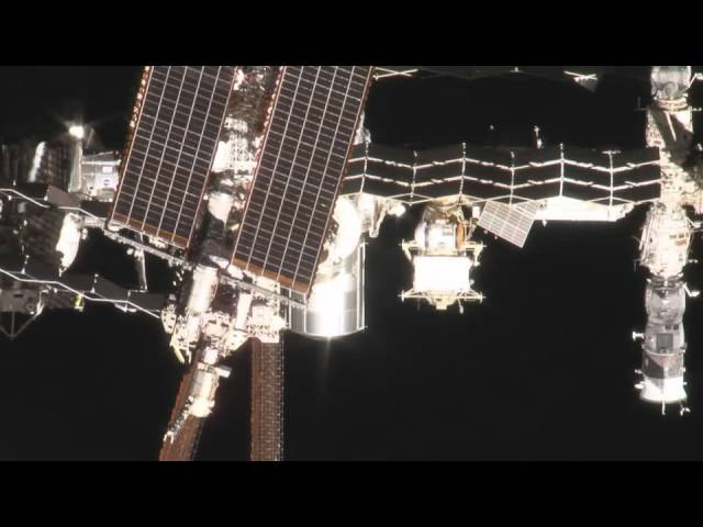 Unique Video Shows Shuttle Endeavour at ISS