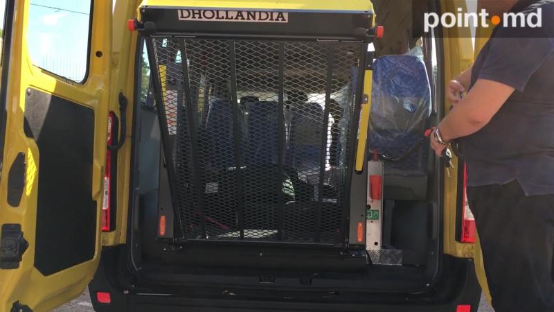Школьные автобусы - подарок Молдове от правительства Румынии