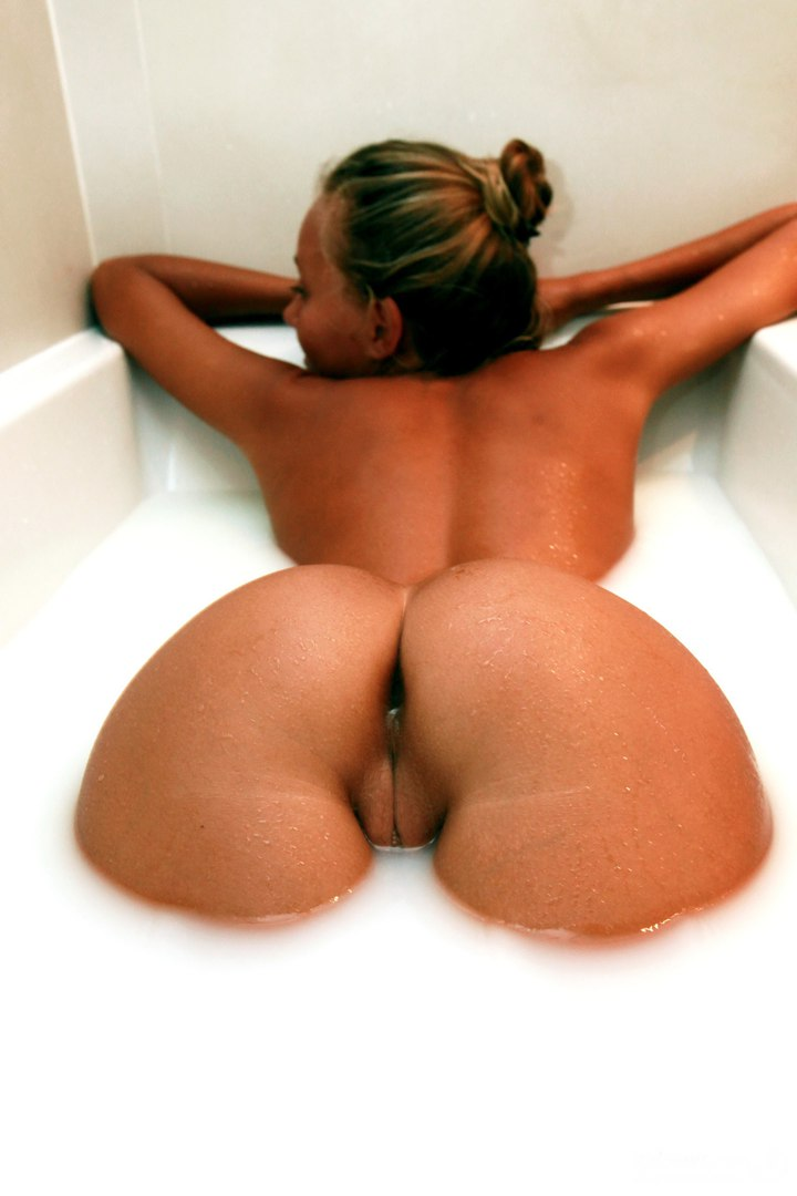 Babe with big tits grannysextube net