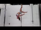TUTORIAL DE POLE DANCE - Golfinho Invertido _ Vanessa Costa (online-video-cutter.com)