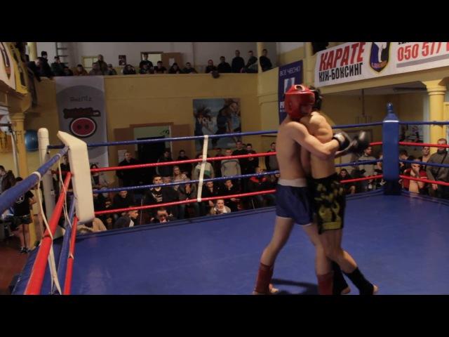 Денис Ливицький III раунд 18.02.2017 (Відкритий ринг з кікбоксингу м .Чернівці)