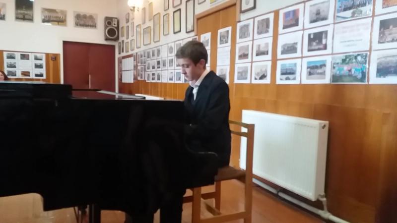 Випускний вечір в Мукачівській хоровій школі,Мукачево,Закарпатська область,Україна,9 червня 2017 року.