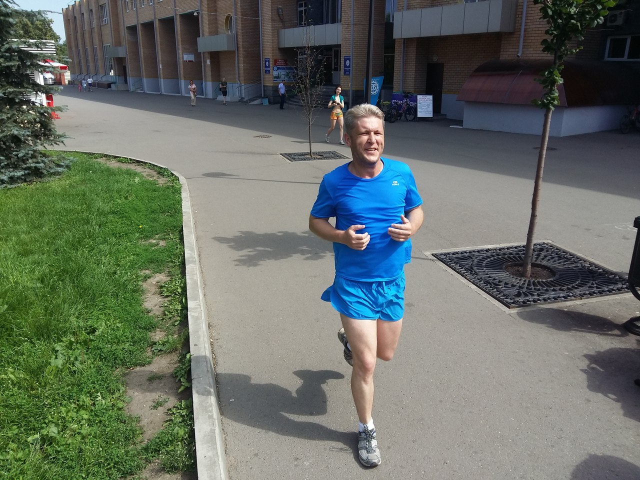 Бежит Самат Васильев
