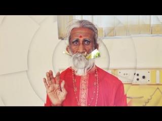 Этот Индус уже 80 лет не ест и не пьёт ...
