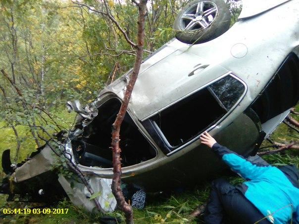 В Снежногорске иномарка перелетела через ограждение и упала в кювет