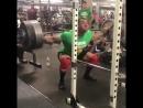 Ларри Уилльямс - присед 284 кг на 8 повторов