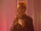 1998 год Серебряная калоша Сергей Соседов отдаёт приз победителю в номинации