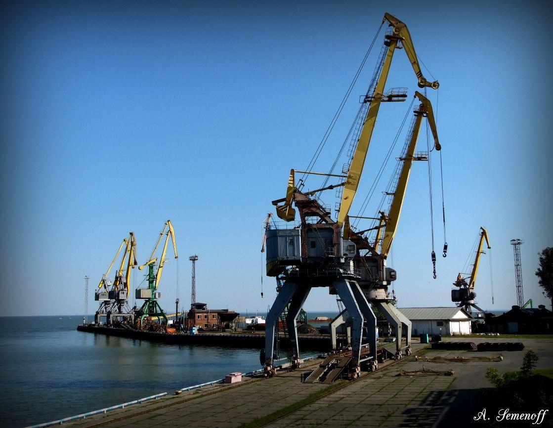 Грузооборот таганрогского порта за 11 месяцев 2017 года вырос на 26,9% - до 2,70 млн тонн