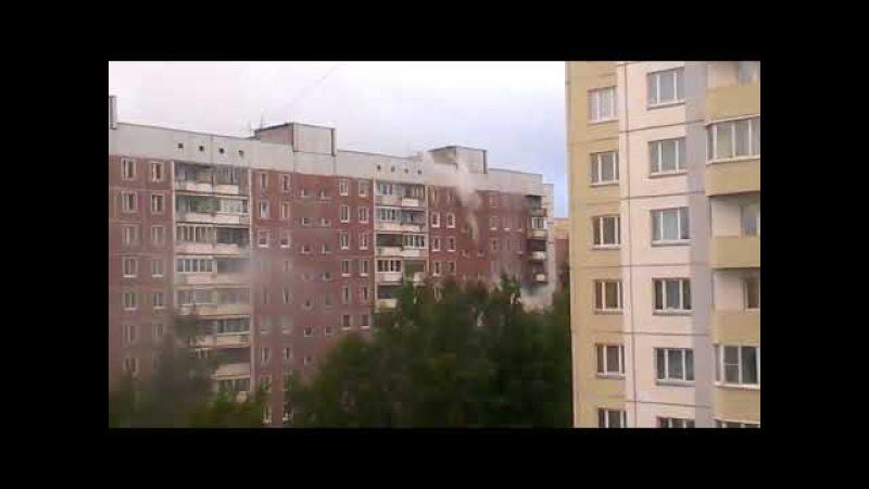 Пожар на пр. Авиаконструкторов жильцы спрыгнули с пятого этажа Пожар 19.09.2017