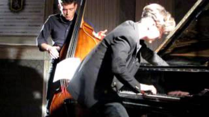 WORD UP- Andrea Manzoni e Luca Curcio live il 24/02/13 ad Aosta